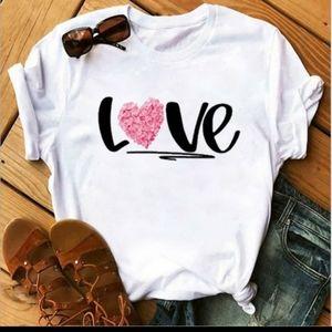 Love Flora T-Shirt 🌸